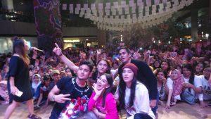 Ginobel Sapa Penggemar di Surabaya 1