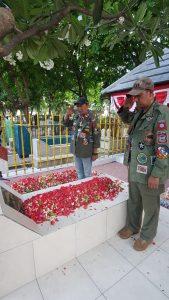 Maknai Hari Pahlawan dengan Touring ke Makam Bung Karno 1