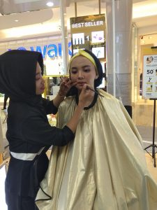 2019, Y.O.U Tawarkan makeup Sehat dan Glowing 1