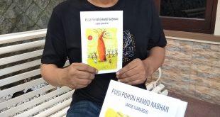 Seniman Asal Surabaya Ciptakan Puisi Melalui Buku 7
