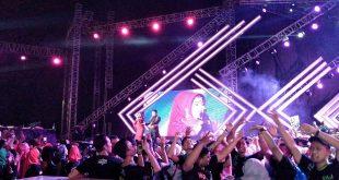 Ribuan Pecinta Dangdut Ramaikan Semarak Indosiar 22