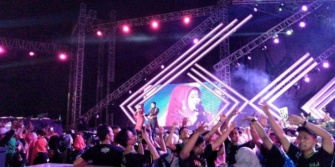Ribuan Pecinta Dangdut Ramaikan Semarak Indosiar 13