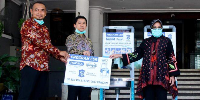 Rucika Dukung Kegiatan Pemkot Surabaya dengan Pemasangan Wastafel 4