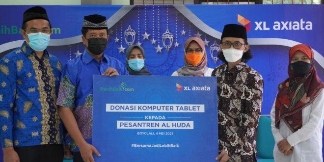 Kembangkan Desa Digital, XL Axiata Donasikan 100 Laptop Pesantren 5