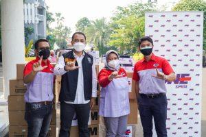 JNE Salurkan 2275 Antigen dan 2720 Masker N95 untuk Pemkot Surabaya 1